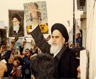 مسلمان آپس میں بهائی ہیں: امام خمینی
