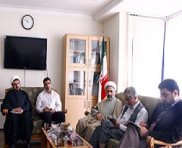 جناب کمساری نے امام خمینی(رہ) ویب پورٹل کا جائزہ لیا