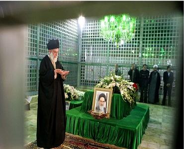 امام خمینی(رح) قائد انقلاب اسلامی کی نظر میں / نماز شب کا گریہ