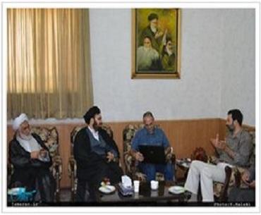 کوشش کریں حب وبغض تاریخ کو درج کرنے پر اثر انداز نہ ہوں: سید علی خمینی
