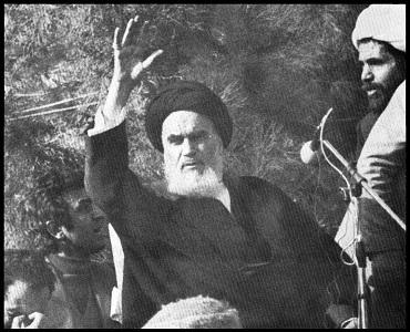 مصری مفکر: تہران میں صیہونی سفارت کی جگہ فلسطینی سفارت کا بننا اسلامی انقلاب کا ثبوت