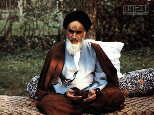 امام راحل(رح) کی نظر میں سچے انقلابی اور گمراہ شدگان کی پہنچان
