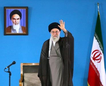 انقلاب کے اسلام کو قرآن اور امام خمینی(رح) کے وصیت نامے میں تلاش کیا جاسکتا ہے