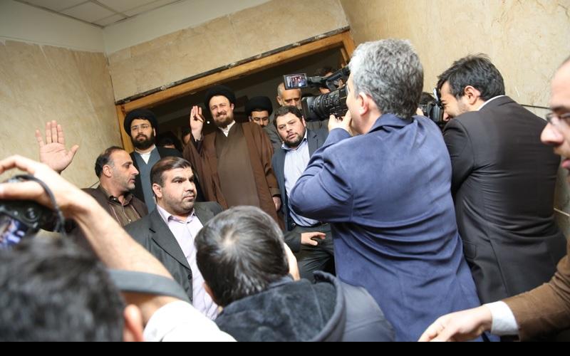 سید حسن خمینی قیادتی ماہرین کونسل کی رکنیت کے امیدوار بن گئے