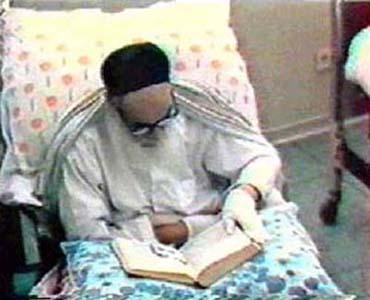 امام خمینی (رح)؛ تعلیم بغیر تہذیب کے گمراہی کا موجب بنتا ہے