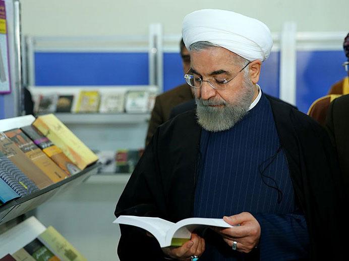 تہران میں کتابوں کی اٹهائیسویں نمایشگاه کا صدر نے افتتاح کیا