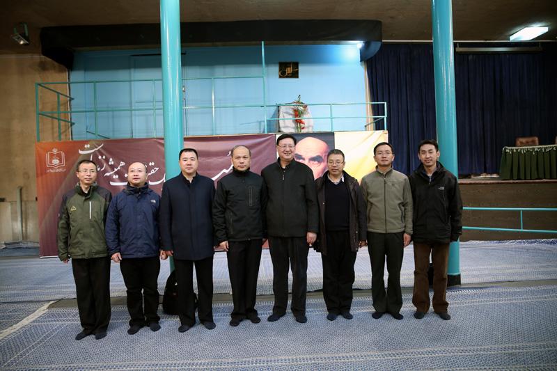 چینی فوجی وفد نے امام خمینی(رح) کے گھر کا دورہ کیا