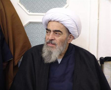 امام نے گھر کا دروازہ کھول دیا