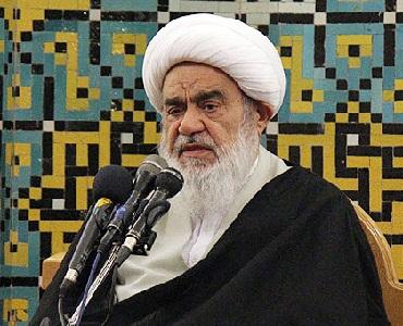 آیت اللہ مظاہری: امام خمینی(رح) کے معنوی پہلو سےمتعلق کم بولا جاتا ہے