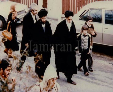 امام خمینی(رح) کا پیغام، فرانس چهوڑنے سے قبل
