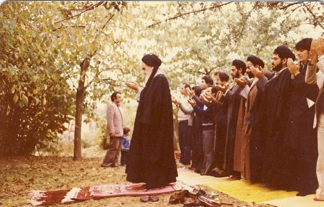 عبادت میں امام خمینی (ره)