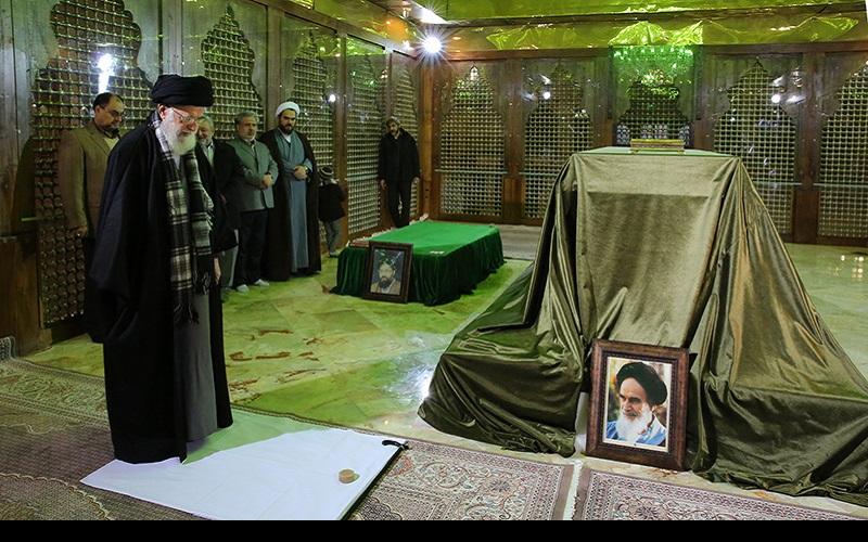 رہبر معظم انقلاب، حرم امام خمینی(رح) اور بہشت زہراء(س) گلزار شہدائے میں۱۳۹۴ھ