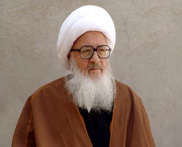 اگر امام خمینی (رہ ) سے محبت ہے تو ان کی اولاد کا خیال رکھیں