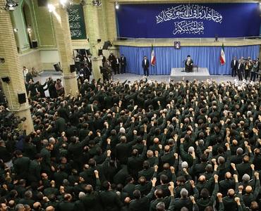 امام خمینی: پاسداران فورس نہ ہوتی، ملک بھی نہ ہوتا