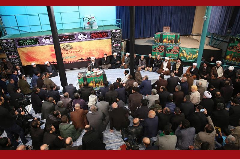 اربعین حسینی(ع)، عزاداران ابا عبداللہ علیہ السلام حسینیہ جماران میں/۲۰۱۶ء