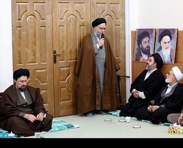 حوزہ علمیہ قم کے بعض اساتذہ کی یادگار امام، خمینی جوان سے ملاقات