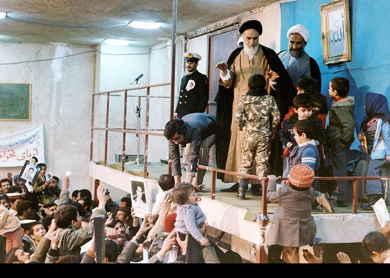 خمینی، دلوں کے محبوب امام