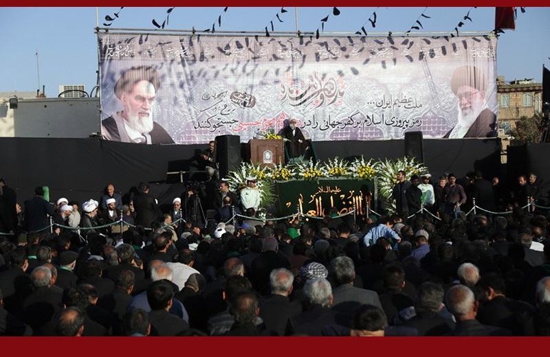 """معصومہ قم، امام(رح) کےگھر کے قریب """" حماسہ حسینی، قیام خمینی"""" کے نام سے عاشورائی اجتماع/۲۰۱۶ء"""