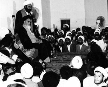 ہم انقلاب اسلامی ایران کو ایک بہت بڑا انقلاب سمجھتے ہیں