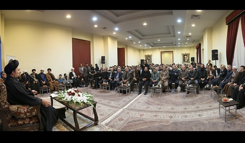 سید حسن خمینی کےساتھ، لرستان صوبہ کے بعض افراد نے ملاقات کی/۲۰۱۶ء