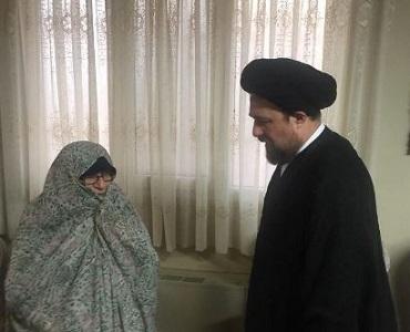 سید حسن خمینی کی شاہ حسینی شہدا کی ماں سے ملاقات