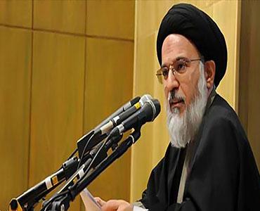 امام خمینی (رہ) کے عرفان اور وسعت نظر نے شیعہ فقہ میں انقلاب برپا کیا ہے