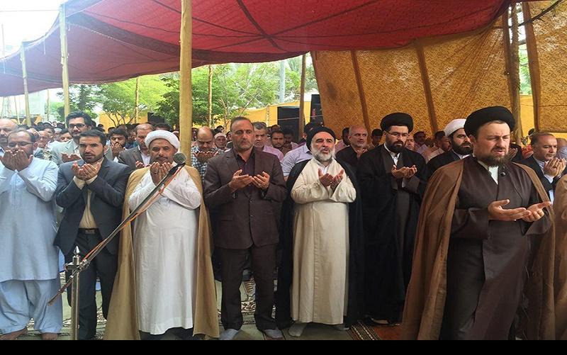 کراچی پاکستان میں نماز عیدالفطر، یادگار امام سید حسن خمینی کی امامت میں /۱۴۳۷ھ،