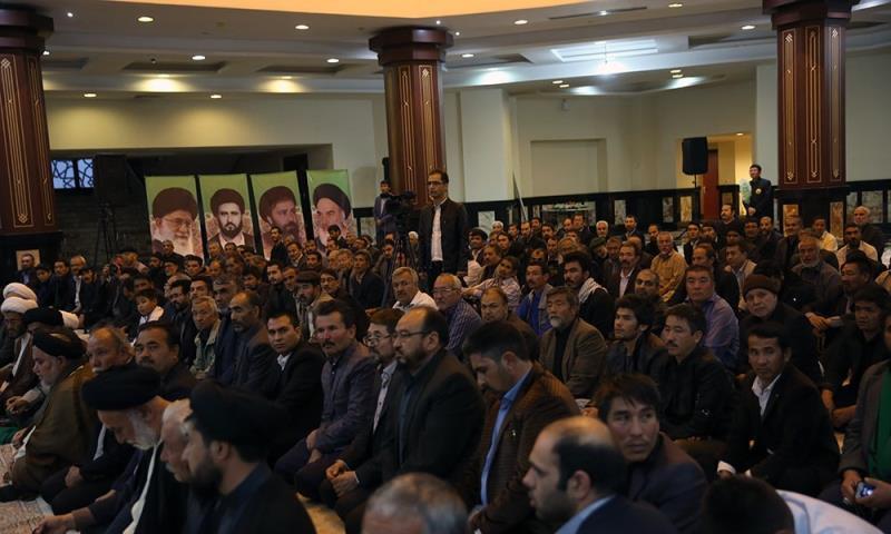 افغان مہاجرین کے ہیئات مذہبی کے بزرگوں کی حرم امام خمینی(رح) میں سید حسن خمینی سے ملاقات /2017ء