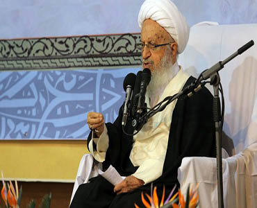 سعودی عرب کو ایران کے مقابلے میں امریکہ کی پیروی کرنےسے کیا فائدہ ہوگا؟