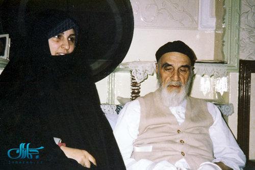 انقلاب اسلامی اور تشدد سے پاک دنیا