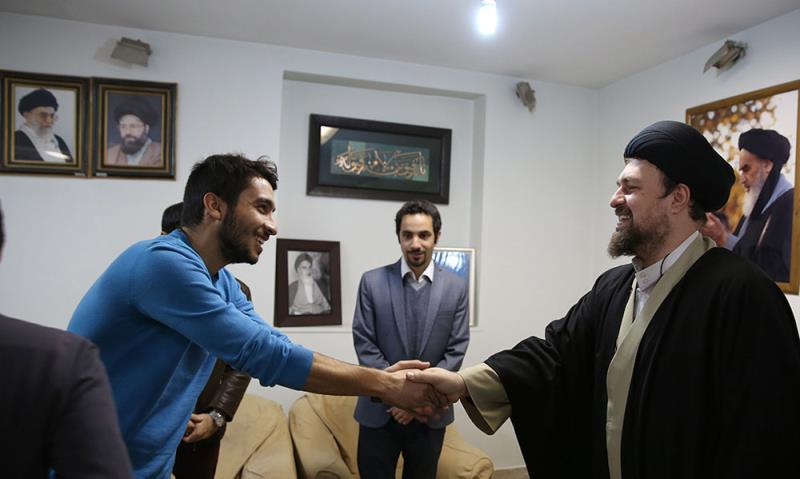 سید حسن خمینی سے تہران یونیورسٹی کے اسلامی تنظیم کی مرکزی کونسل کے اراکین کی ملاقات