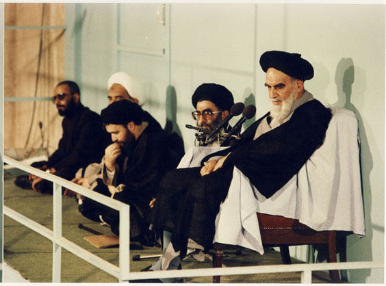 امام خمینی(رح) اور رہبر انقلاب کے زرین کلام