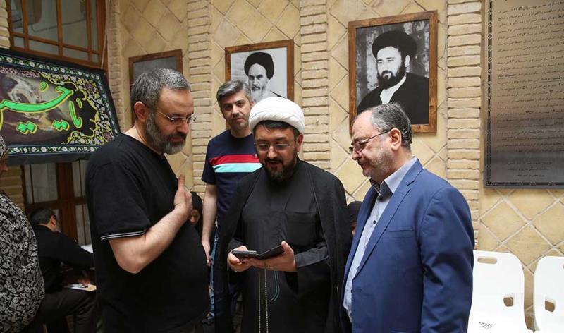نجف اشرف، امام خمینی (رح) کے گھر سے حجت الاسلام و المسلمین کمساری کا دورہ