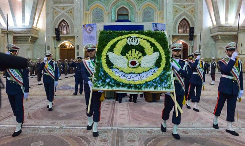 امام خمینی (ره) کے ساتھ آرمی ایئر افواج کے کمانڈرز کی تجدید عہد