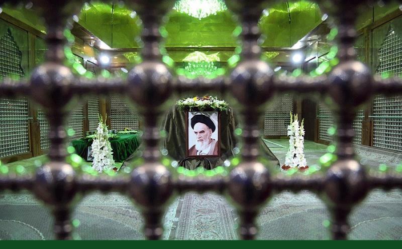 امام خمینی(رح) کی تشییع سے ایک فوٹوگرافر کی روایت