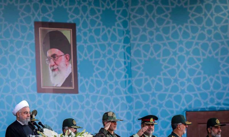 حرم امام خمینی (رح)؛ ہفتہ دفاع مقدس کی مناسبت سے فوجی پریڈ کی تقریب(2)