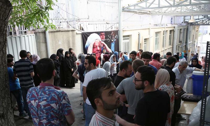 جماران میں امام خمینی(رح) کے گھر کا فارسی لینگویج کے کچھ طلباء کا دوره