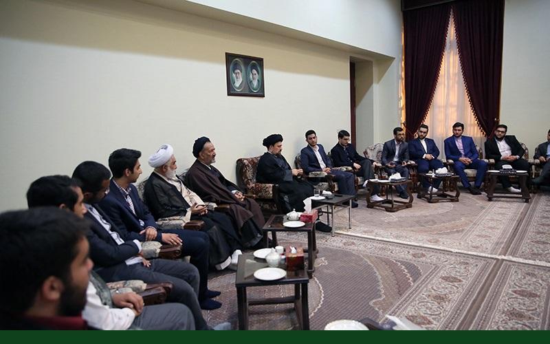 تہران یونیورسٹی کے شیعہ اور سنی طلباء کی سید حسن خمینی کےساتھ ملاقات اور گفتگو /۲۰۱۷ء
