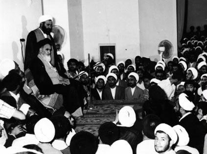 امام خمینی (رح) کا اپنے شاگردوں سے برتاؤ