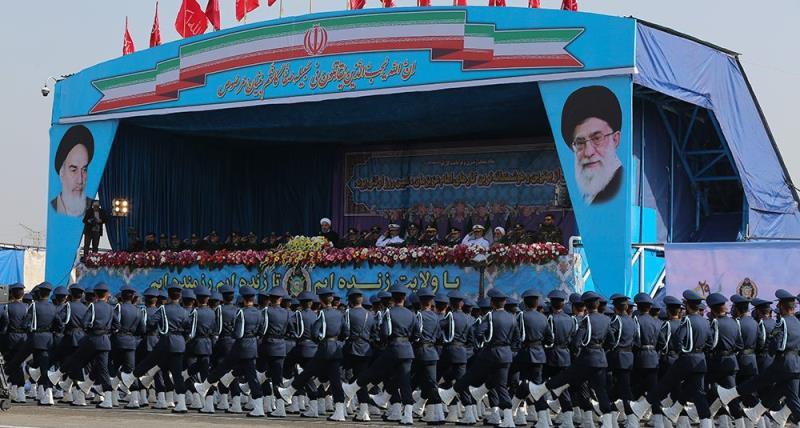 یوم مسلح افواج؛ حرم امام خمینی (رح) کے سامنے شاندار فوجی پریڈ کا انعقاد /2018