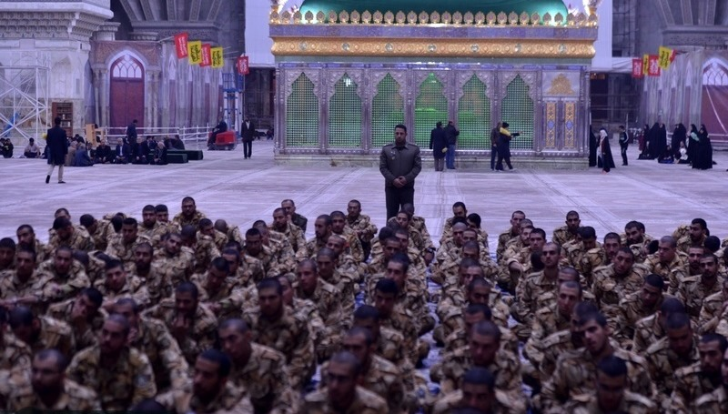 امام خمینی (رح) کے مزار میں شہید اسدی فوجی پولیس کی زیارت عاشورا کی تقریب