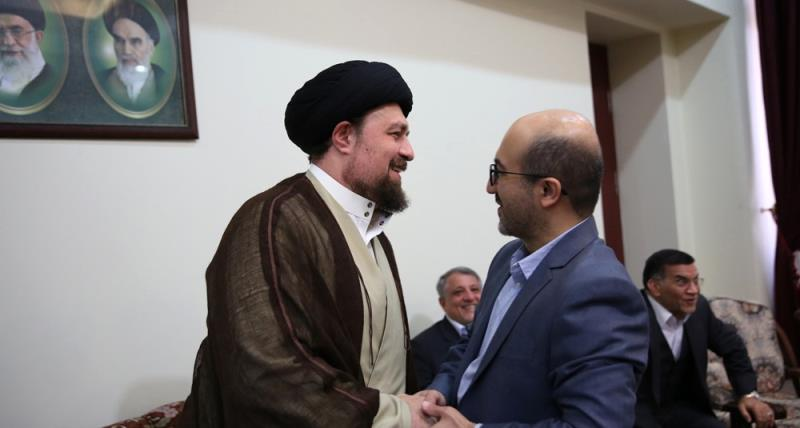 تہران سٹی کونسل کے اراکین کی یادگار امام ، سید حسن خمینی، سے ملاقات