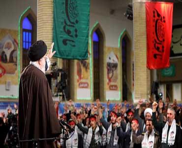 ایرانی نوجوان دشمنوں کی سازشوں کا مقابلہ کرنے کیلئے تیار ہیں
