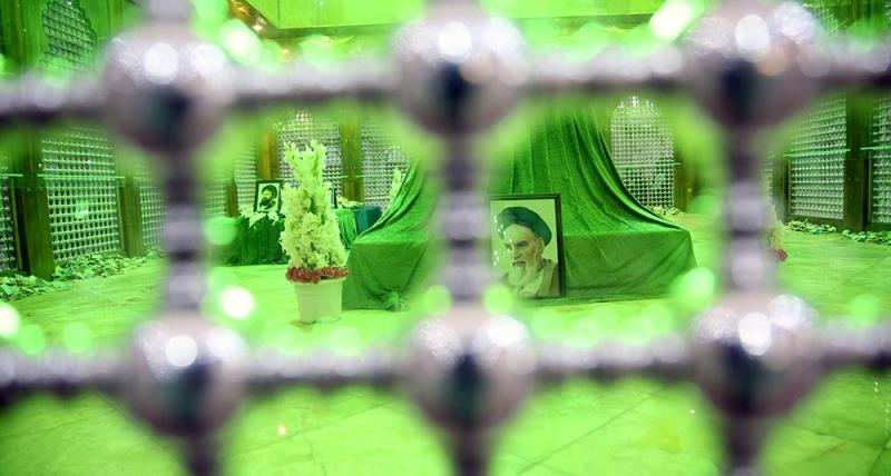حرم امام خمینی (رح) میں عقیلة بنی ہاشم حضرت زینب (س) کی وفات کی مناسبت سے منعقده مجلس کی تصویری جھلکیاں/2018