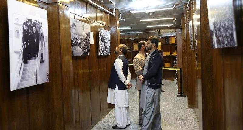 جماران میں امام خمینی (رح) کے گھر کا نوروزی سیاحوں کا دوره