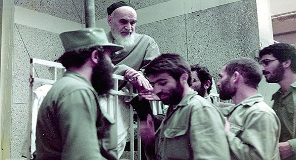 دفاع مقدس امام خمینی(رح) کی نگاہ میں