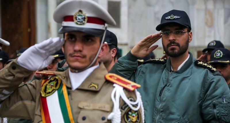حرم امام خمینی (رح) میں ایرانی افواج کے سربراہوں کی حاضری اور ان کی تمناؤں سے تجدید میثاق