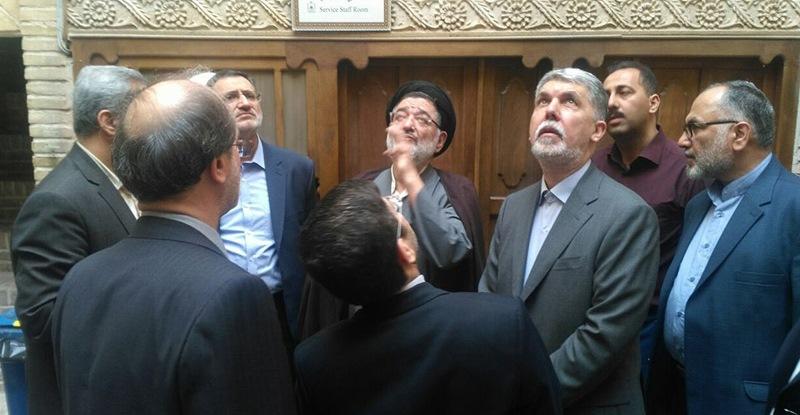 ایران کے ثقافت کے وزیر کا نجف میں امام خمینی (رح) کے گھر کا دورہ/2018