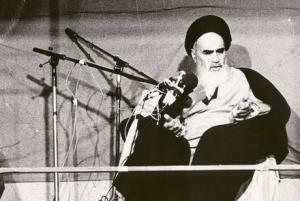 امام خمینی (رہ) کی نظر میں ماہ محرم میں علماء کرام کی ذمہ داریاں