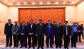 تہران کے نیا میئر کی حرم امام خمینی (رح) میں حاضری اور ان کی تمناؤں سے تجدید عہد/2018